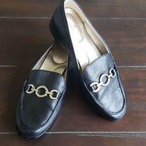Bandolino Loafer